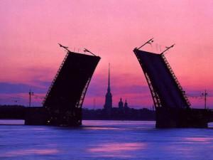 Дворцовый мост, фото с сайта spbmuzei.ru