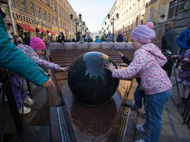 Стало известно, когда вПетербурге начнется сезон фонтанов