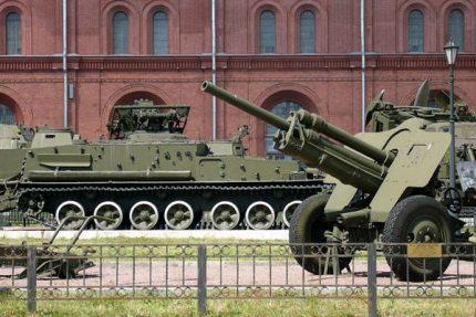 артиллерийский музей, самоходка, танк, пушка