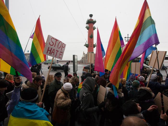 марш против ненависти оппозиция демпет лгбт митинг