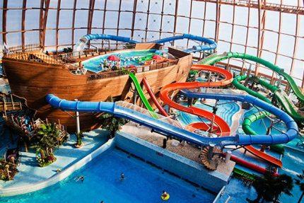 аквапарк питерлэнд