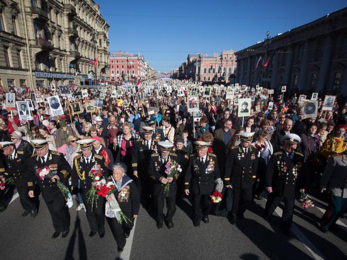 ветераны шествие бессмертный полк день победы