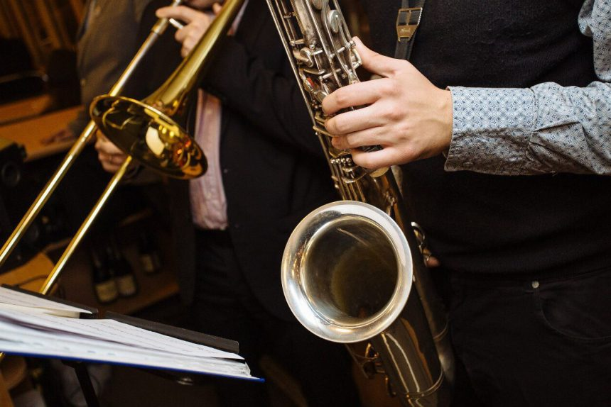 джаз музыка труба саксофон