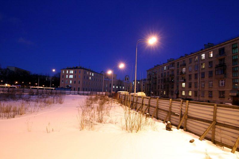 строительный забор улица гастелло чесменский дворец