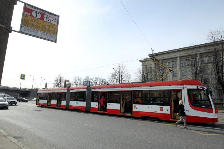движение трамваев в рыбацком