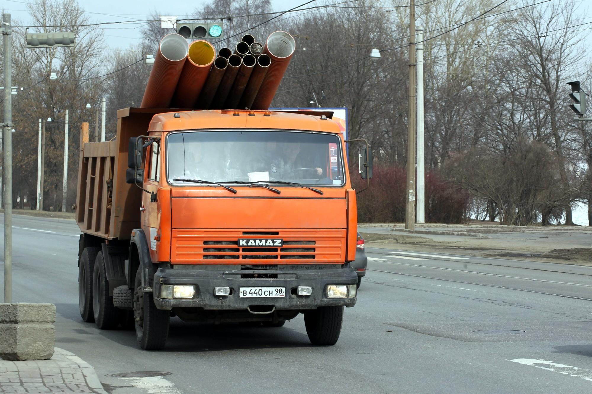 грузовик камаз трубы проспект обуховской обороны