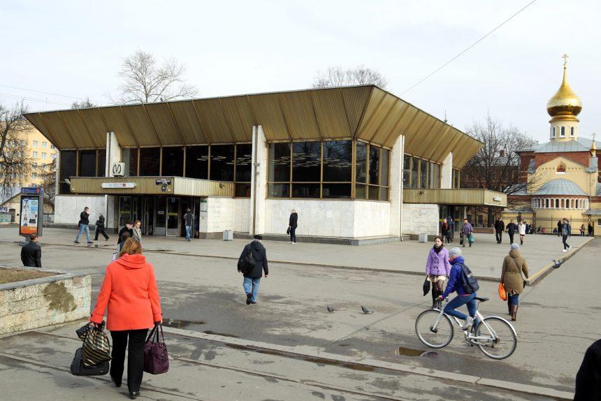 вестибюль станции метро политехническая