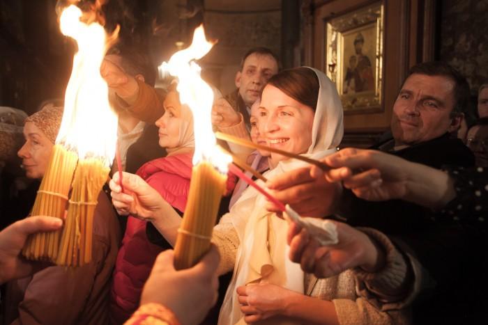 пасха православие церковь рпц  благодатный огонь