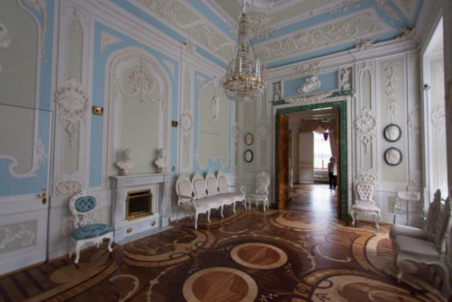 гатчина гатчинский дворец