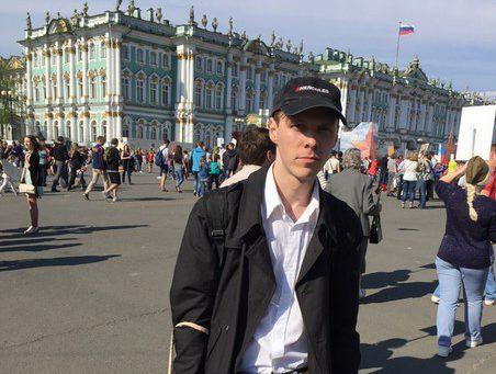 Алексей, логист