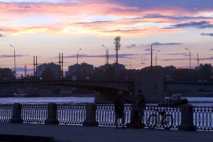 тучков мост набережная макарова малая нева