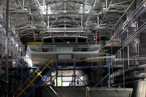 """Строительство катамарана. Фото: Илья Снопченко / ИА """"Диалог"""""""