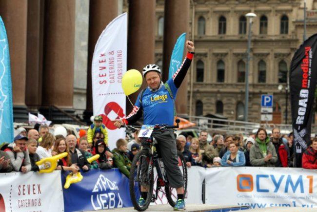 старт трофи-рейда ладога 2016 автоспорт гонки ралли исаакиевская площадь велосипед