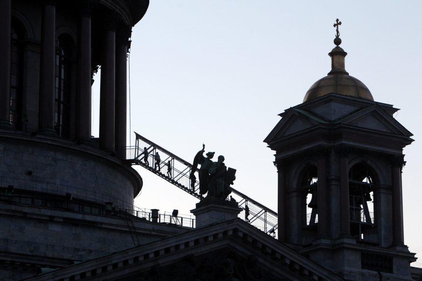 Исаакиевский собор лестница купол