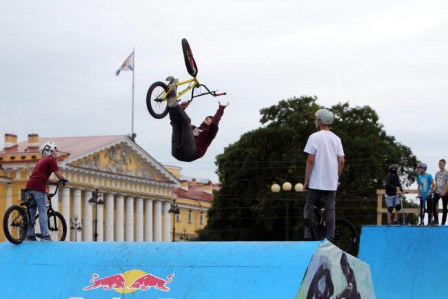 фестиваль экстремального спорта и молодёжных субкультур дворцовая площадь велоспорт велосипед