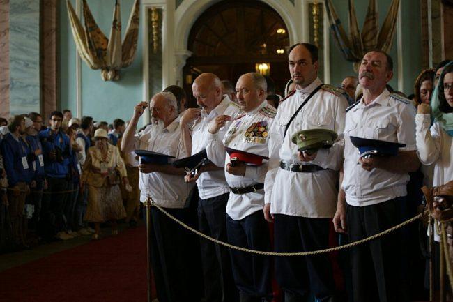 богослужение в петропавловском соборе казаки церковь рпц