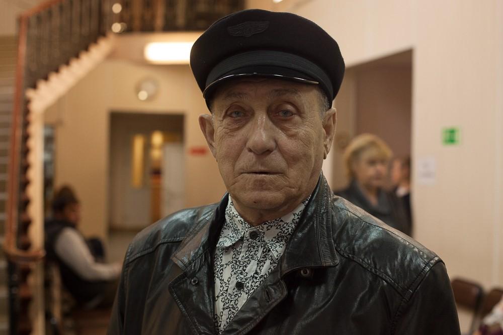 Виктор, пенсионер
