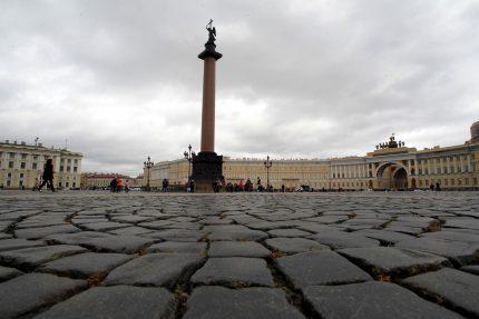 брусчатка Дворцовая площадь Александровская колонна