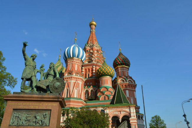 Артём, 25 лет, фотографироваться отказался на фото: памятник Минину и Пожарскому в Москве / ru.wikipedia.org