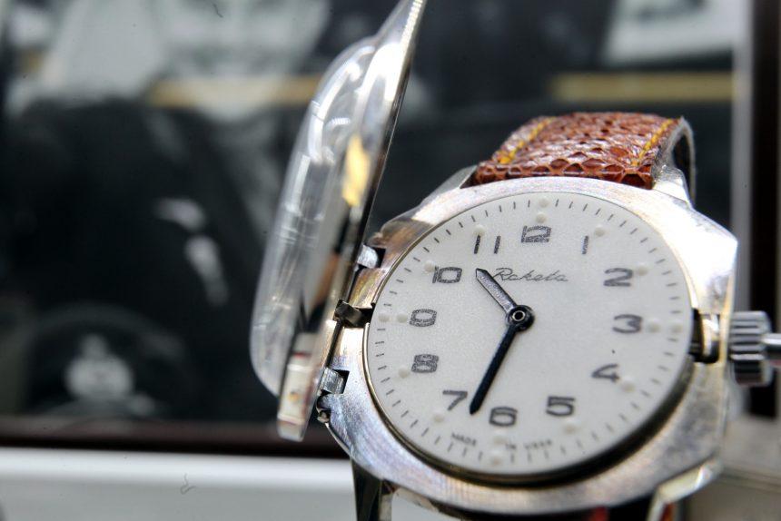 петергофский часовой завод ракета наручные часы для слепых