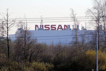 автозавод Nissan промышленность автосборка автомобили
