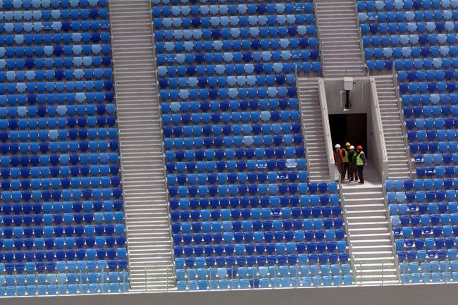 стадион на крестовском острове зенит-арена трибуны рабочие
