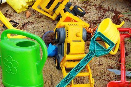 Детская площадка, песочница, игрушки