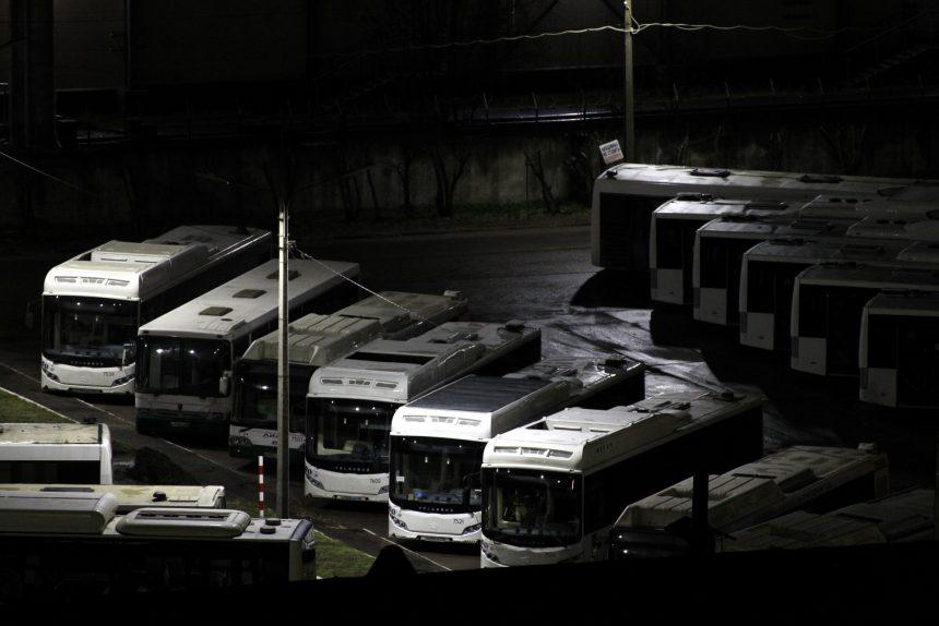 автобусный парк № 7 пассажиравтотранс автобусы общественный транспорт