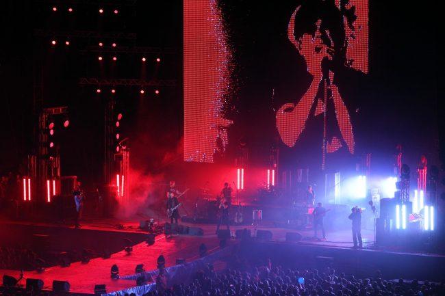 стадион на крестовском зенит-арена концерт фестиваль радио зенит группа би-2
