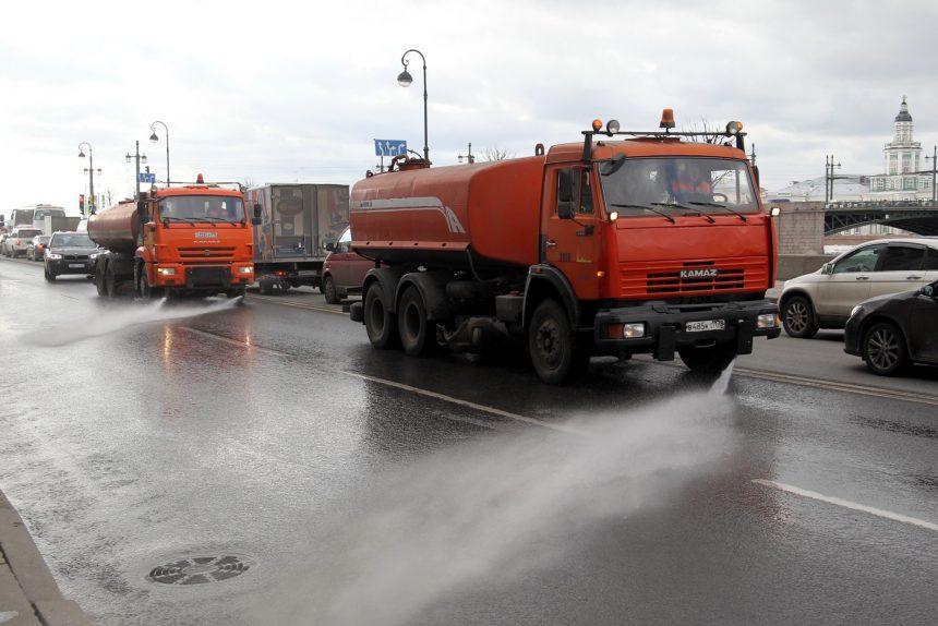 уборка улиц мытьё благоустройство Дворцовая набережная