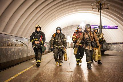 мчс пожарные учения спасатели
