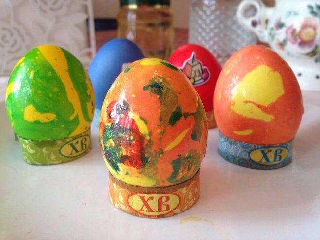 оригинально покрасить яйца на пасху