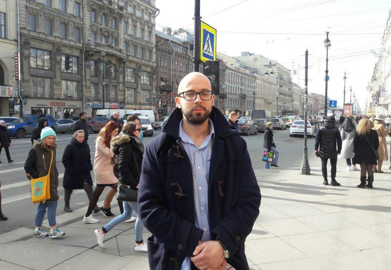 петербуржцы о памятнике жертвам теракта в метро