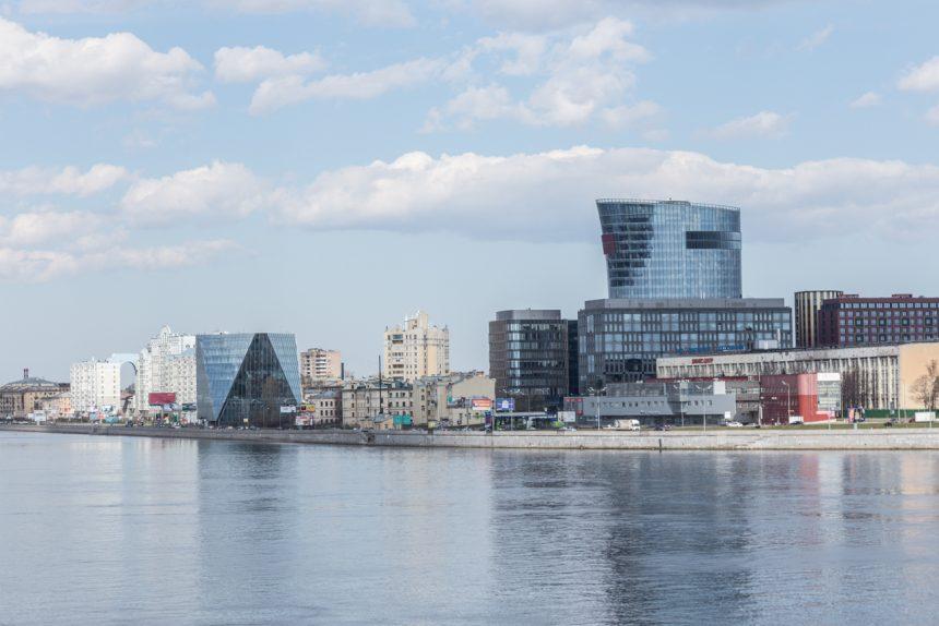 дом-чайник небоскреб малоохтинская набережная нева бизнес-центр санкт-петербург плаза