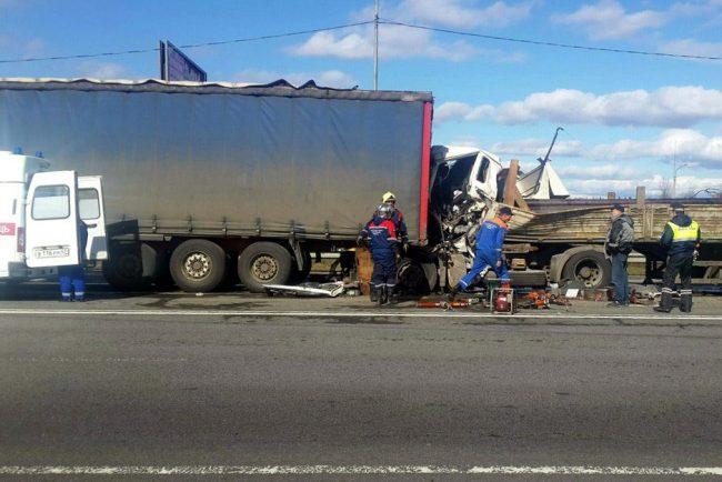 Два человека погибли вДТП натрассе «Кавказ»