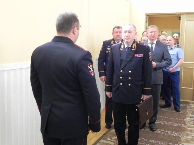 Евгений Стасишин начальник управления на транспорте МВД по СЗФО транспортная полиция