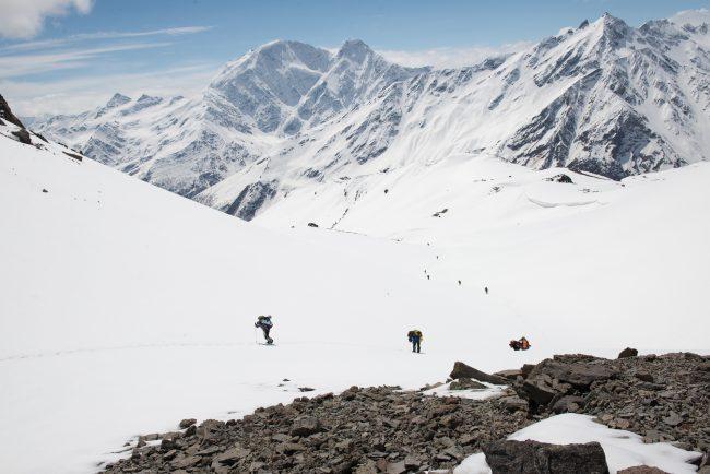 Эльбрус переход через ледовую базу 4