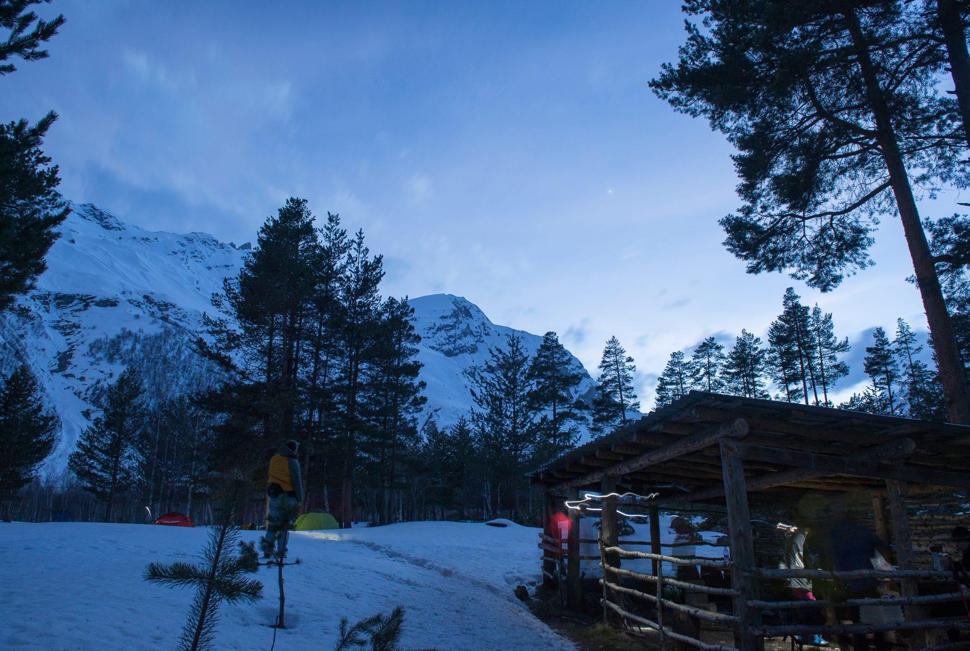 Лагерь под Терсколом кухня 2