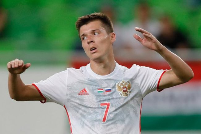 «Зенит» проинформировал о переходе вкоманду Ерохина иПолоза