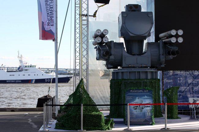 военно-морской салон корабли пулемёт