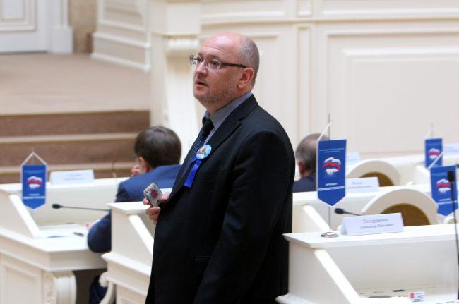Резник предложил сделать парламентскую комиссию всвязи ссобытиями 12июня