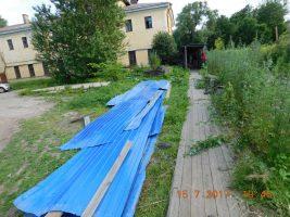 Часть забора в Дёминском саду снесли градозащитники
