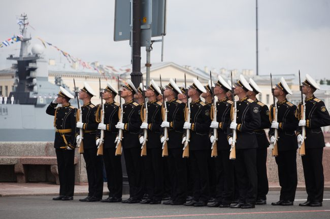 парад день военно-морского флота вмф почётный караул моряки