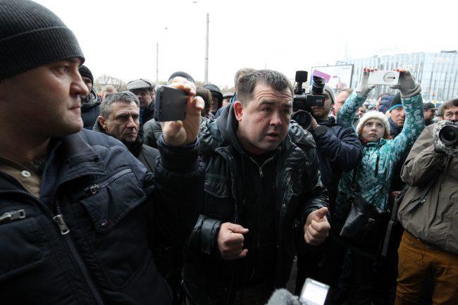 04-16.11.2015 - сход дальнобойщиков против системы Платон