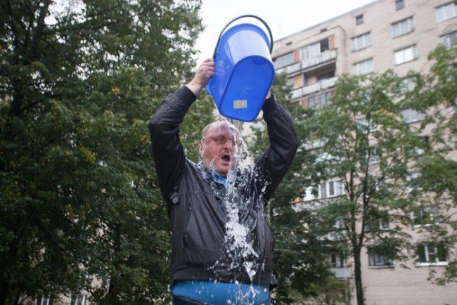 19-01.09.2014 - Резник bucket challenge