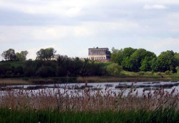 луговой парк дворец бельведер