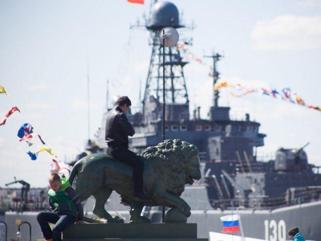 43-09.05.2015 - парад кораблей в День Победы