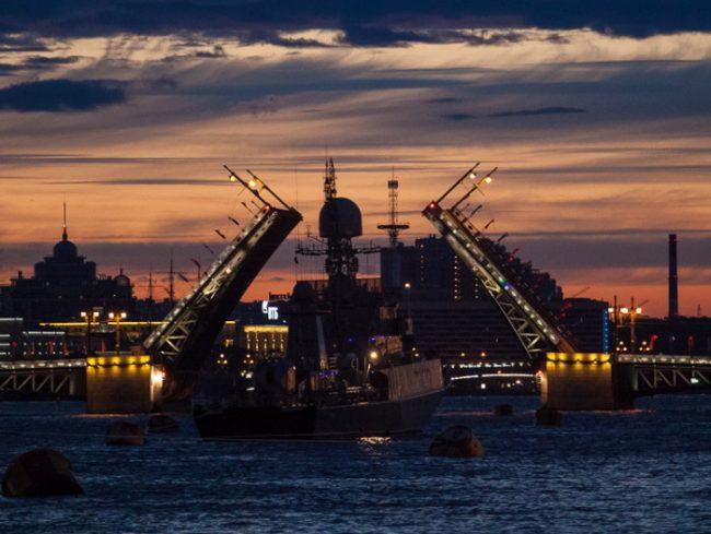 49-22.07.2015 - проход кораблей ко Дню ВМФ