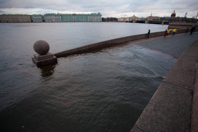 60-60-07.12.2015 - наводнение в Петербурге