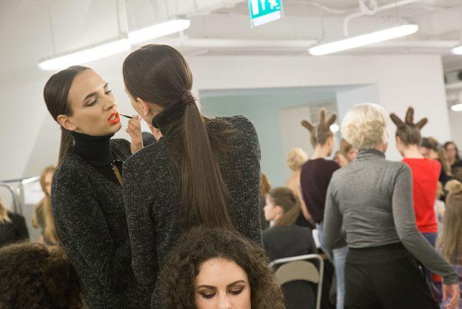 мода модели показ красота макияж